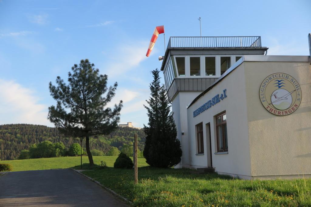 Tower des Flugplatz Goldlauter-Heiderbach