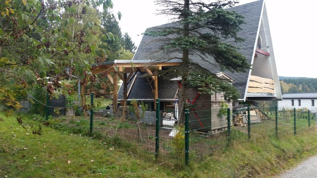 Finnhütte am Geiersberg (Außenansicht)