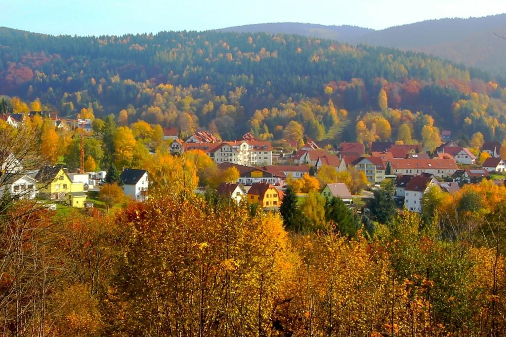 Goldlauter-Heidersbach in herbstlichem Ambiente