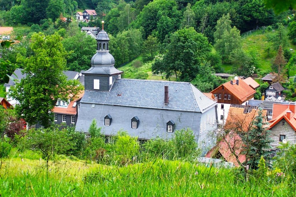 Kirche in Goldlauter