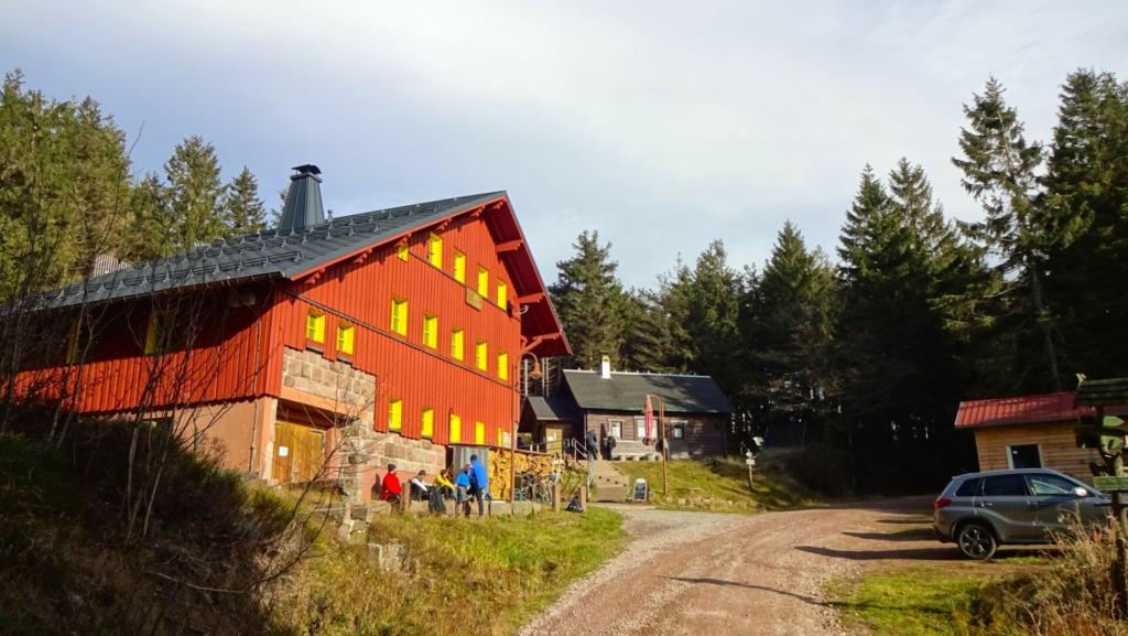 Suhler Hütte im Sommer