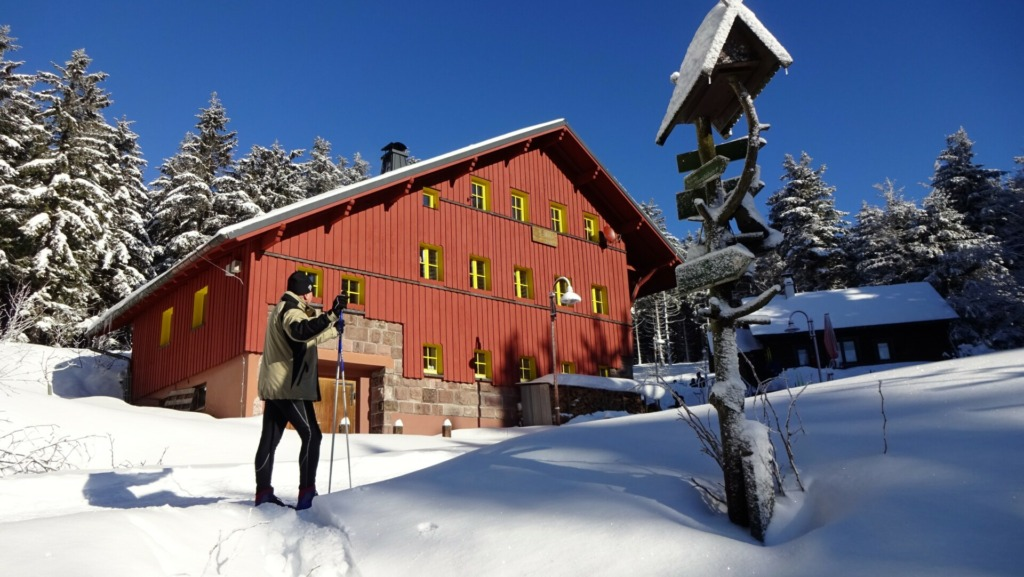 Suhler Hütte im Winter