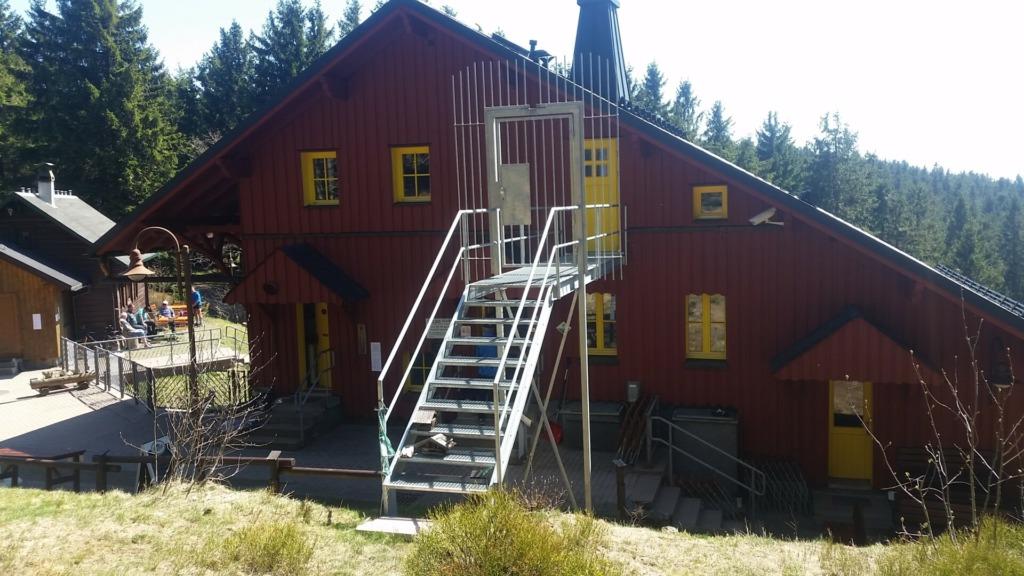 Suhler Hütte (Rückfront)